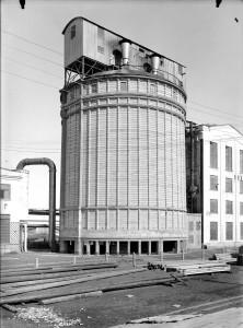 Wieże wytwórni saletry wapniowej lata 30 XX wieku