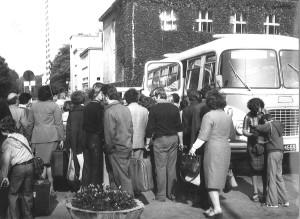 Przed budynkiem administracji Azotów