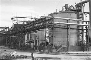 1977_instalacja kapro w budowie_1